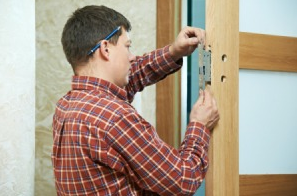 Top Reasons Why A Locksmith Is The Best Option For Lock Repair And Replacement Services
